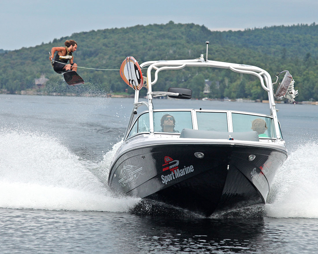 waterskiing wakeboarding centre nautique tremblant